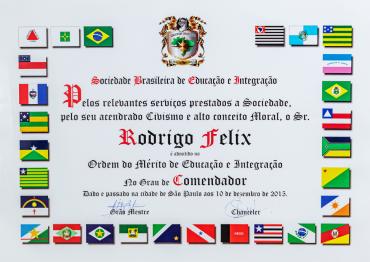 Sociedade Brasileira de Educação e Integração - Grau Comendador